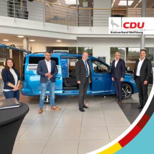 Niedersachsen Finanzminister Reinhold Hilbers zu Gast beim Autohaus Wolfsburg